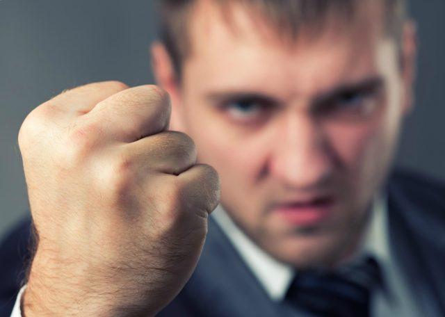 Методы давления коллекторов на должников