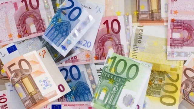 Германия поддержит Россию в создании новой валюты