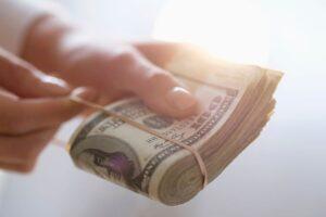 Тест: Продолжите пословицы о деньгах