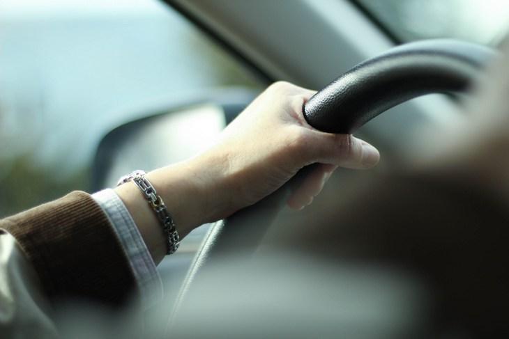 рука на руле