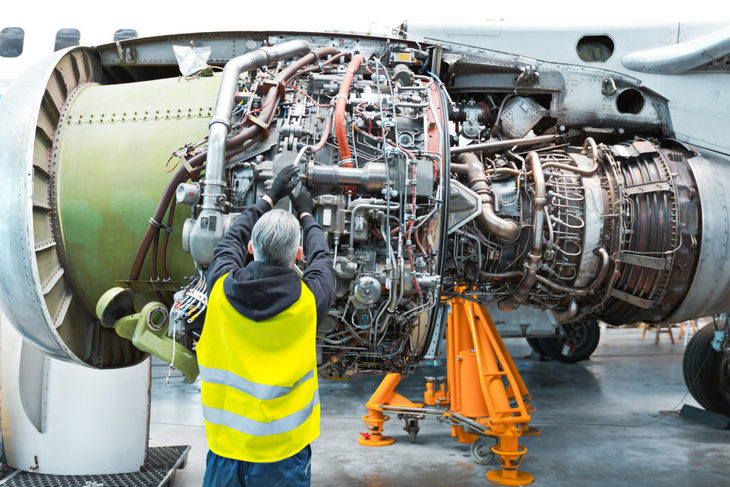 авиаинженер