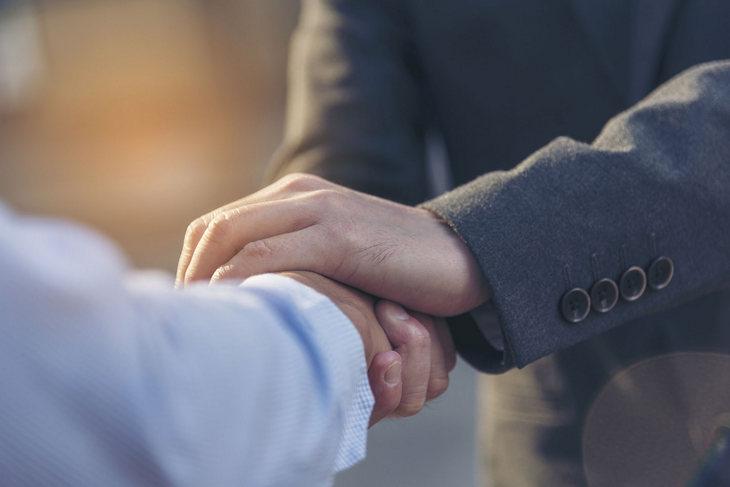 доверие партнеров