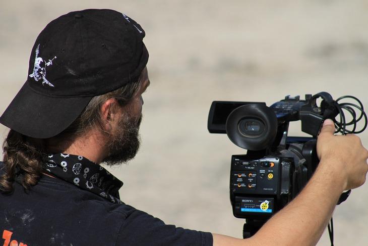 режиссер на съемках
