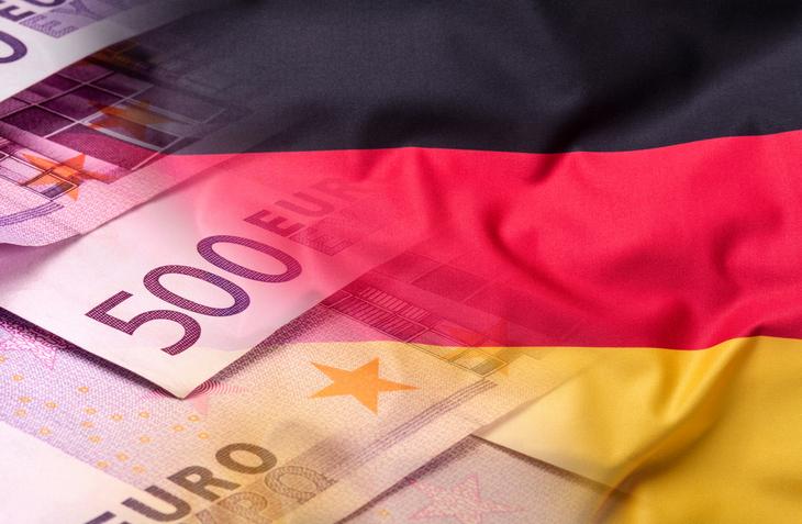 евро и флаг германии